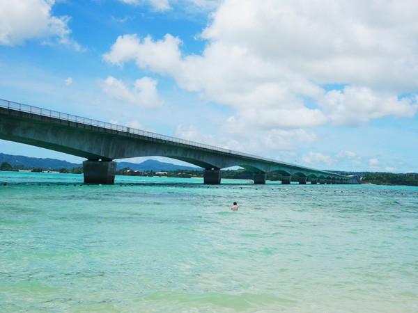 パワースポット、絶景…見所沖縄本島から車で行ける離島、古宇利島