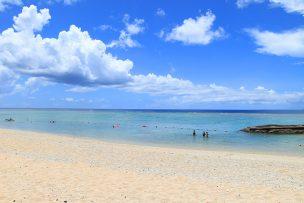 沖縄の西海岸リゾート!「恩納村」にある人気のビーチ8選